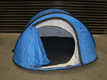 Pop up tent ready to use